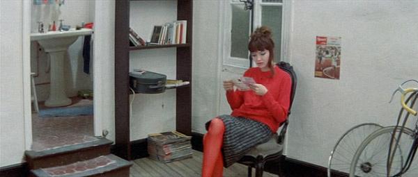 Кадр из фильма «Женщина есть женщина» (Жан-Люк Годар)