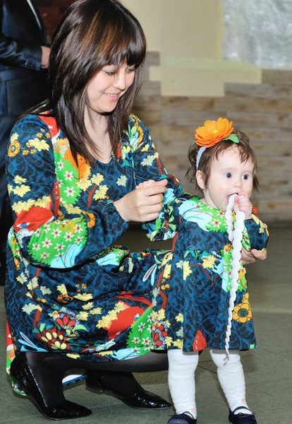 Наиля и Алина Назаровы, маленькие копии мам