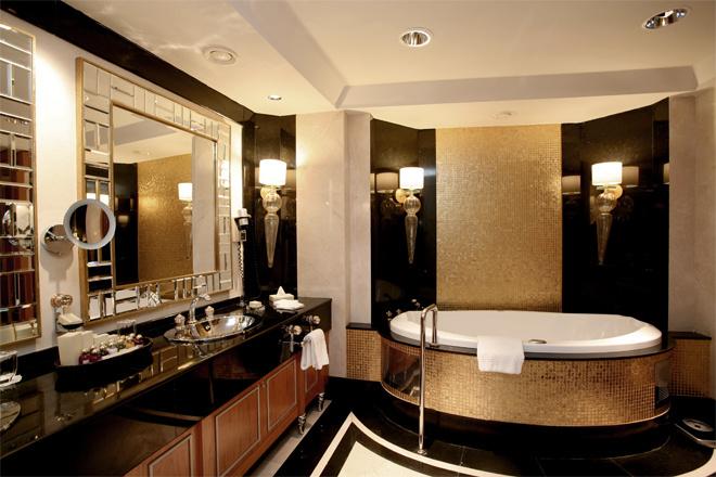Дизайн в черно золотых тонах