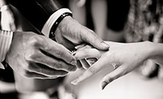 Видео: как изменилось помолвочное кольцо за 100 лет