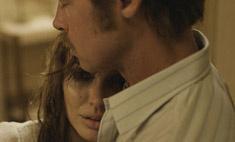 Джоли плачет: новые кадры фильма «У моря»