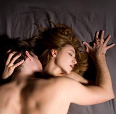 Личный опыт: есть ли секс после 20 лет брака
