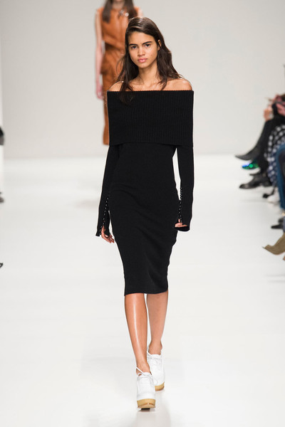 Неделя моды в Милане: 27 февраля | галерея [3] фото [14]