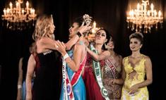 Бразильянка отобрала корону у соперницы на конкурсе красоты
