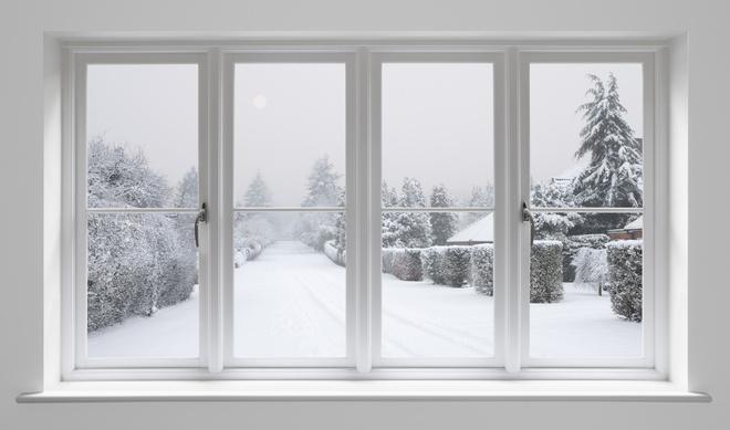 как заклеить окна