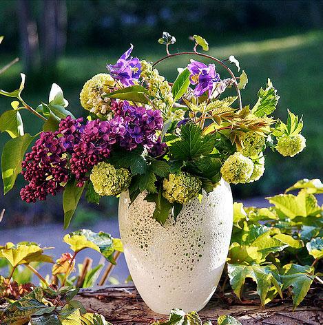 Букет из летних цветов и ягод 1