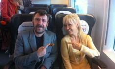 Поезд отправляется: Валерия и Сергей Шнуров встретились в «Сапсане»