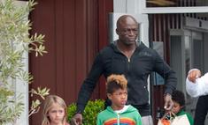Заботливый папа: Сил провел выходные с детьми