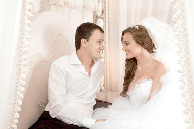 Я счастлива и хочу всему миру рассказать о нашей свадьбе!