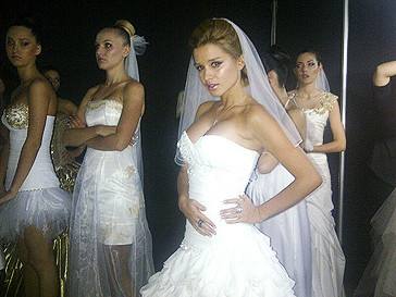 Ксения Бородина в платье невесты