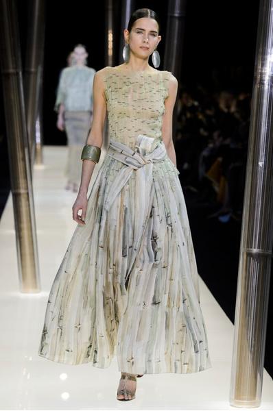 На Неделе высокой моды в Париже прошел юбилейный показ Giorgio Armani Prive | галерея [1] фото [21]