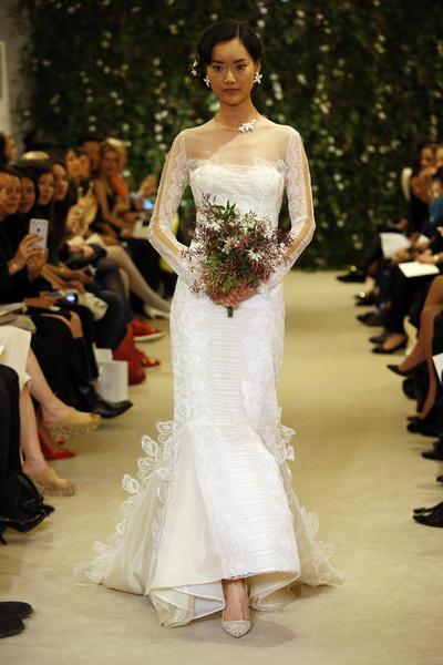 Показ Carolina Herrera на Неделе свадебной моды в Нью-Йорке | галерея [1] фото [16]