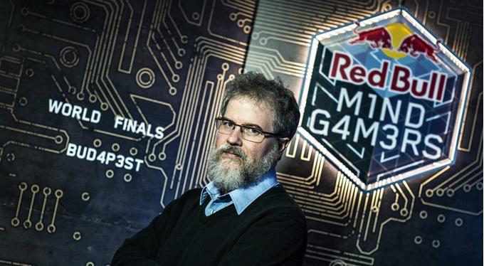 Профессор Скотт Николсон, разработчик квеста Mission: Unlock Enoch.
