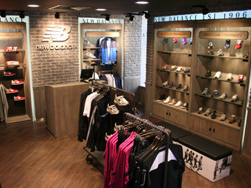 """В """"Европейском"""" и """"Мега Белая Дача"""" открывается два магазина марки New Balance"""