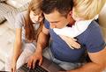 Мужчины: карьера или отцовство?