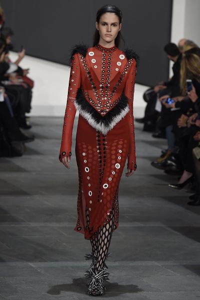 Неделя моды в Нью-Йорке: 18 февраля   галерея [3] фото [1]