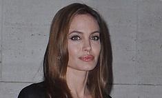 Анджелина Джоли удалила обе груди из-за угрозы рака