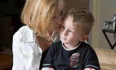 Ученые выяснили, должны ли бабушки нянчить внуков