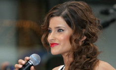 Нелли Фуртадо: лучшие прически и макияж