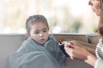 Кашель у ребенка: что делать и как лечить