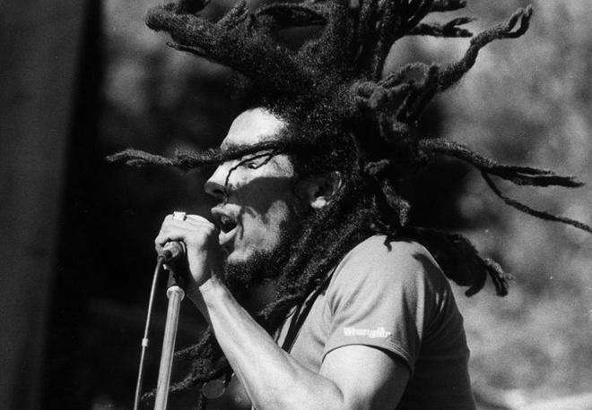 Боб Марли (Bob Marley) на одном из своих выступлений.