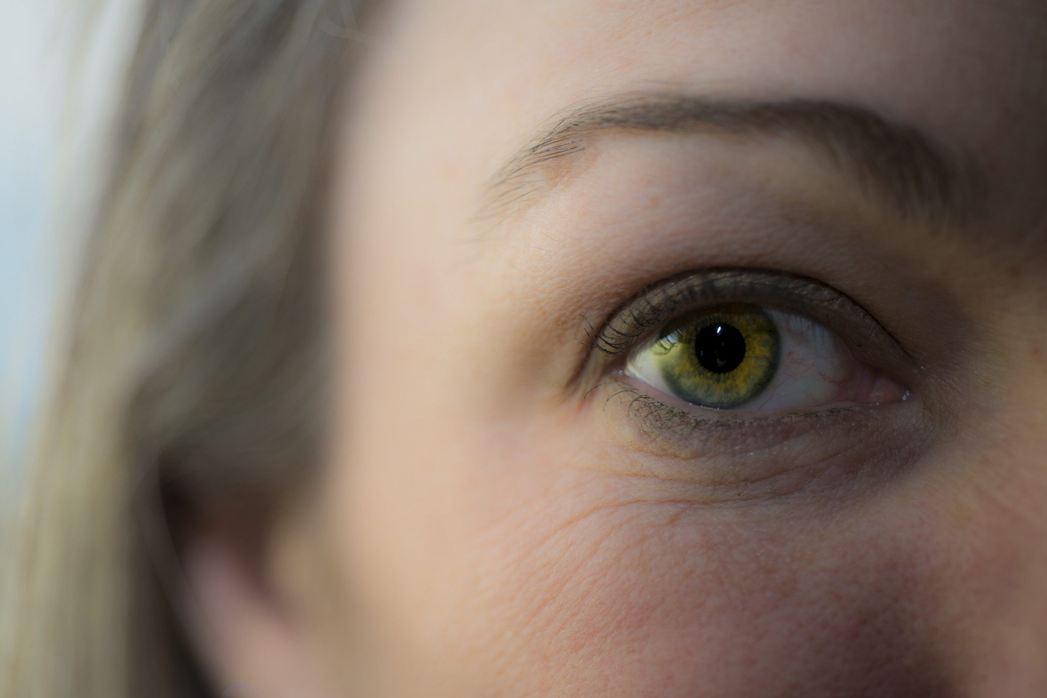 Секс с янтарными глазами