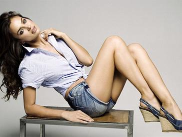 Ирина Шейк в новой рекламной кампании.