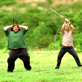 Херли и Чарли первыми сыграли в бескрайней долине и убедились, что для гольфа она подходит.