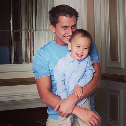 Павел Прилучный с сыном Тимофеем