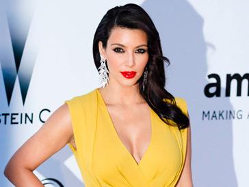Ким Кардашьян (Kim Kardashian) не представляет себя без роскошных туфель на красной подошве