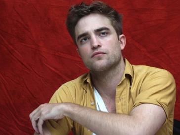 Роберт Паттинсон (Robert Pattinson) нелестно отозвался о юном певце