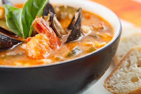 Суп с морепродуктами