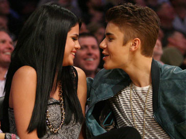 Джастин Бибера (Justin Bieber) и Селена Гомес (Selena Gomez) хотят снова быть вместе