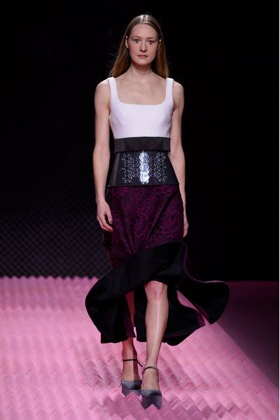 Показ Mary Katrantzou на Неделе моды в Лондоне | галерея [1] фото [3]