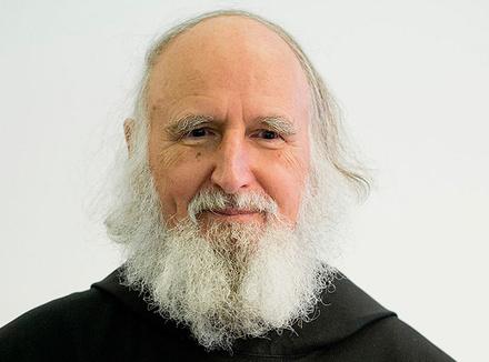 Ансельм Грюн: «Верить – это иметь веру в человека»