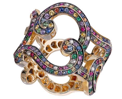 Кольцо Rococo, яшпинель, изумруды, аметисты, аквамарины, золото, Fabergé, цена по запросу.