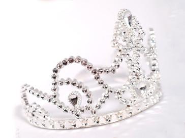 Корону королевы красоты чуть не отдали бывшей проститутке