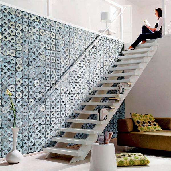 Декор Metal rings (Komar) имеет размеры 3,68 × 2,54м и складывается извосьми частей, каждая шириной 0,46м. 3950 руб.