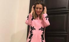 Женщина-весна: Кожевникова в идеальном розовом платье