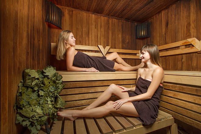 Лесбиянки в бане русские получается?