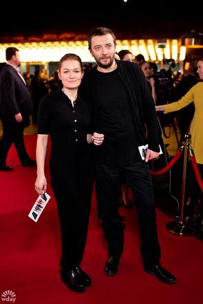Виктория Толстоганова с супругом фото