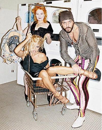 Памела Андерсон (Pamela Anderson) и Вивьенн Вествуд (Vivienne Westwood)