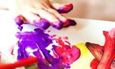 Чем занять малыша: рисуем пальчиковыми красками