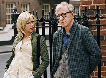 Скарлетт Йоханссон снялась в трех фильмах Вуди Аллена: «Матч-пойнт» (2005), «Сенсация» (2006) и «Вики Кристина Барселона» (2008).