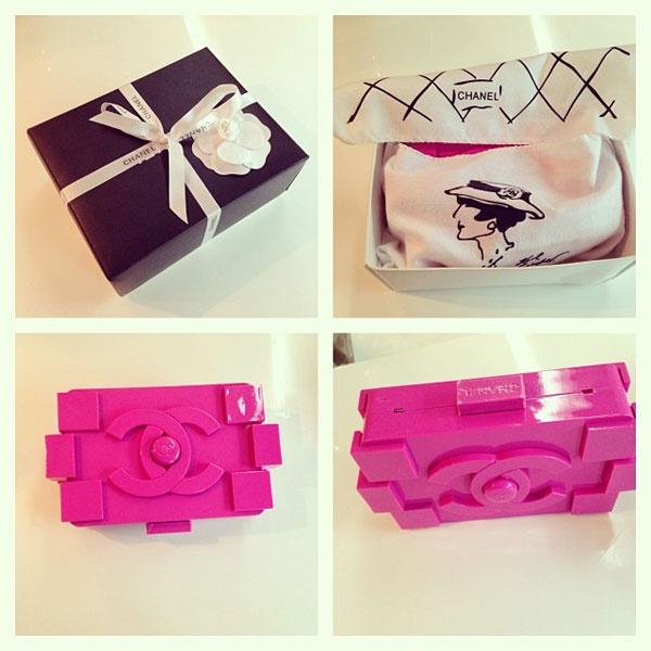 """Анфисе Чехововй подарили сумку """"Chanel"""""""