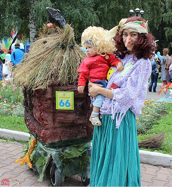 Ольга и Руслан Арслановы, Парад колясок в Екатеринбурге 2016, фото
