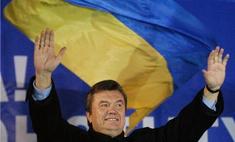 Виктор Янукович отметил день рождения в глухом лесу