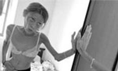 Костюм анорексички вызвал переполох