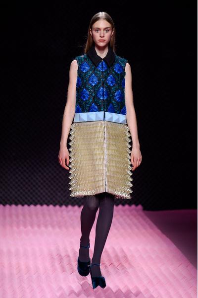 Показ Mary Katrantzou на Неделе моды в Лондоне | галерея [1] фото [21]