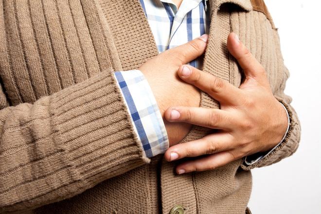 боли в районе сердца